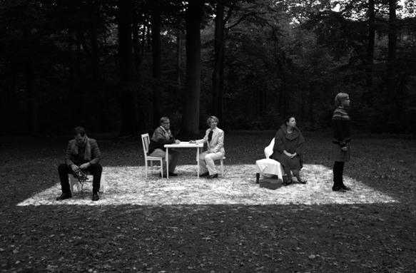 Ulla Von Brandenburg, Chorspeil, installation, black and white video: 10:20 mins.