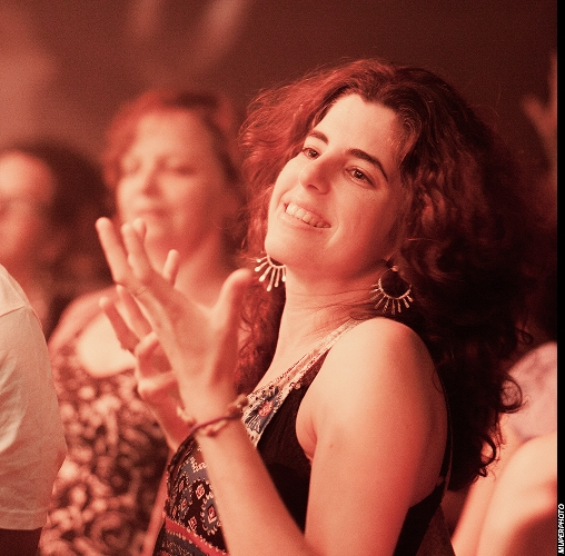A happy fan at the Shye Ben Tzur concert/Photo: MuperPHOTO