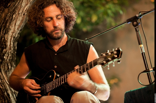 Udi Ben Cnaan at the East and West House concert/Photo: MuperPHOTO