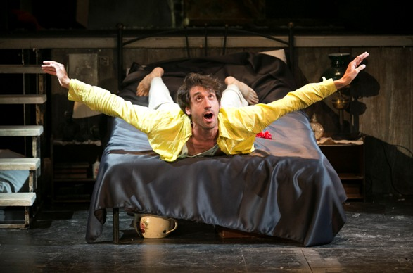 Semyon (Alon Friedman) in Finita La Comedia/Photo: Daniel Kaminsky