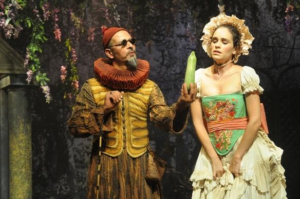 Ruffo (Yossi Eini) and Samia (Tamar Alkan)/Photo: Gadi Dagon