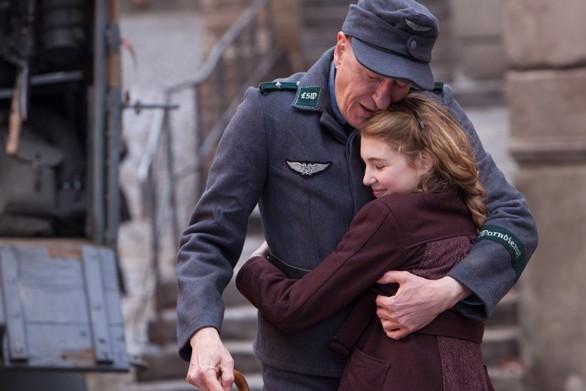 Geoffrey Rush and Sophie Nélisse as Liesel Meminger in The Book Thief.