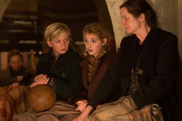 Emily Watson, Sophie Nélisse, and Nico Liersch in The Book Thief.