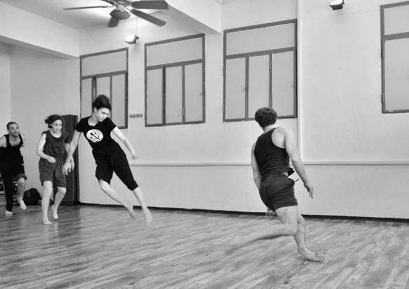 Rehearsals for Project 48 Dance #1 in 2013: Omer Uziel, Daphna Horenczyk, Inbal Shahar, Elad Livnat/Photo: Uri Rubinstein