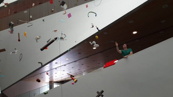 Tom Friedman installs Up in the Air at the Tel Aviv Museum of Art/Photo: Ayelet Dekel
