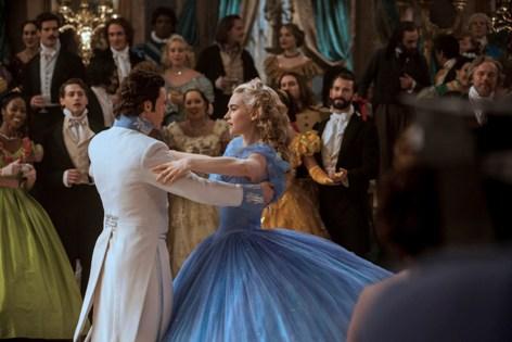 Cinderella (Lily James) dances with the Prince (Richard Madden)