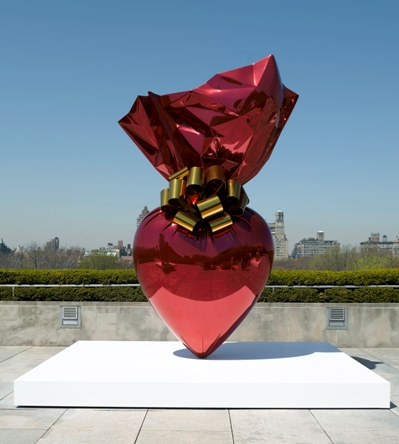 Jeff Koons, Sacred Heart (Red/Gold), 1994-2007, mirror-polished stainless steel with transparent color coating, ©Jeff Koons.  Photo: Chris Fanning