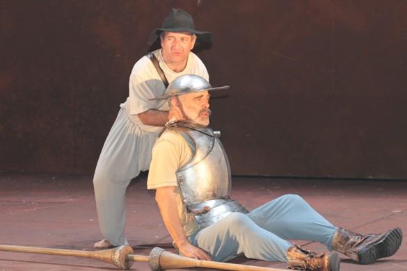 Alexander Senderovich and Doron Tavory in I, Don Quixote/Photo: Victor Sokolov