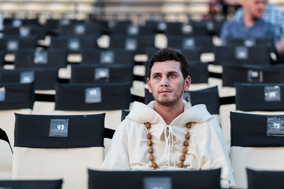 Cast member waiting to go onstage - general rehearsal for Tosca at Masada/Photo: Muperphoto