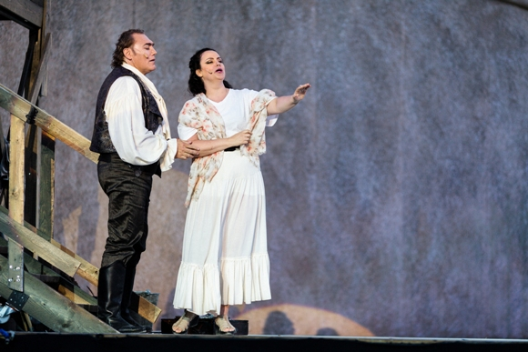 Gustavo Porta and Ira Berman - general rehearsal for Tosca at Masada/Photo: Muperphoto